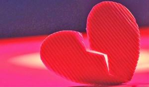 3 دلیل به وجود آمدن طلاق عاطفی