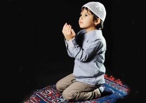 تربیت کردن فرزند دیندار و با نشاط