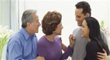 نحوهی رفتار با خانواده همسر در دوران نامزدی