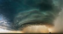 اتفاقی عجیب هنگام وقوع طوفانی سهمگین در آمریکا