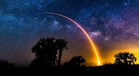 چشمک یک شهاب سنگ در آسمان کالیفرنیا آمریکا