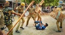 ابزار پلیس هند برای بازداشت افراد خاطی در بحبوحه کرونا