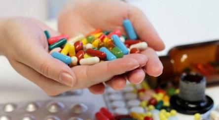 ۹۸ درصد دارو ایران را در داخل کشور تولید میکنیم