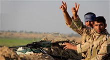 فیلم رزمندگان حشد الشعبی درحال استراحت بعد از جنگی نفسگیر با داعش