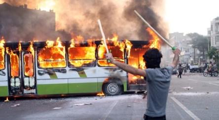 تظاهرات عراق با فتنه ۸۸ در ایران چه شباهتی دارد؟