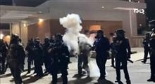 پلیس آمریکا سوژه خنده معترضان آمریکایی!