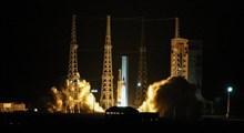 انتقال  ماهواره «ظفر» و ماهوارهبر «سیمرغ» به پایگاه فضایی امام خمینی(ره)