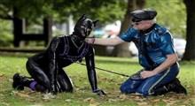 بیش از ۱۰۰۰۰  انسان سگ نما در انگلیس