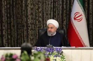 حسن روحانی در جمع دانشجویان: انتخابات باشکوه، دشمنان را میترساند/ راهی جز صندوق رای نداریم