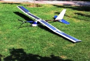محققان ایرانی موفق به ساخت «پرنده خورشیدی» شدند
