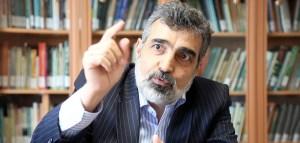 واکنش کمالوندی به لغو احتمالی معافیتهای هستهای ایران از سوی آمریکا