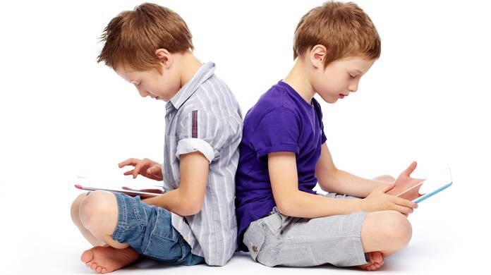 کودکان و نوجوانان در کشاکش جذابیتهای فضای مجازی
