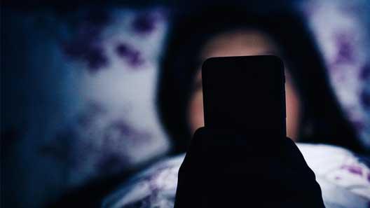 آسیب های اینترنت و ماهواره بر نوجوان «دختران» (بخش اول)