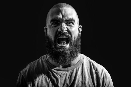 چرا خشمگین می شویم؟