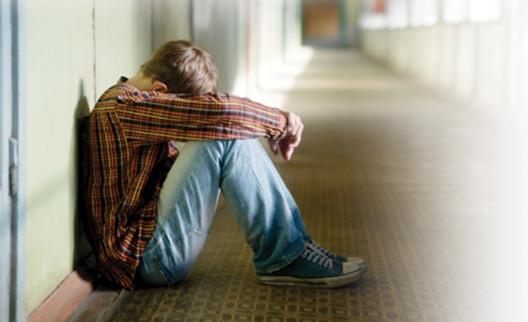 گوشه گیری ، کمرویی و انزواطلبی نوجوان