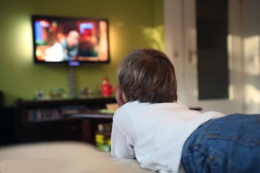 اعتماد به نفس در کودکان و پدیده ای به نام تلویزیون