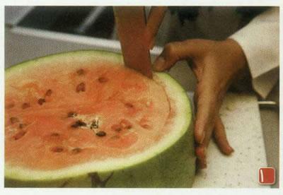 تزئين هندوانه به شكل كيك
