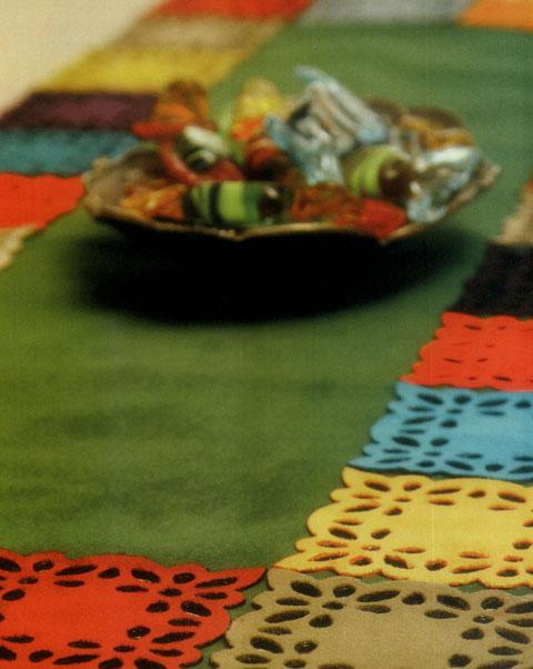 دوخت رومیزی مخمل رومیزی مخمل با اپلیکه های مخملی چند رنگ