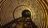 56 کيلومتر تونل در کوه هاي آلپ