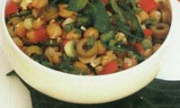 سالاد نخود گوجه و گردو با سس چیلی