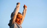 نقش پدران و مادران در اعتماد به نفس فرزندان