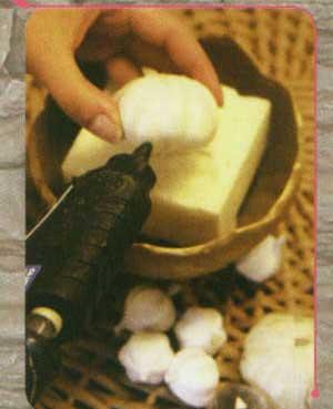 ظرف هفت سين با خمير نمکي دنیای تربیت سلام. وبلاگ شخصی سیده زهرا عسکری - جدیدترین مدل سفره های هفت سین 93
