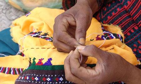 دوخت پشتی سنتی نقش های سوزنی
