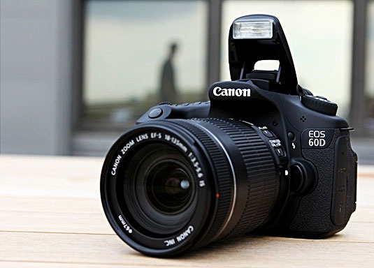 دوربین حرفه ای کانن