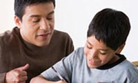 نقش والدین در شکل گیری هویت فرزند