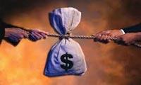 سياست و بحران در اقتصاد باز