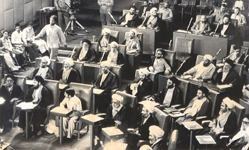 چه کسانی مخالف اصل «ولایت فقیه» در قانون اساسی بودند؟